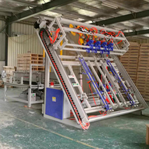 automatic wood pallet machine.jpg